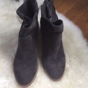 Dolce Vita Shoes - Dolce Vita Gray Suede Grayden Booties